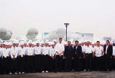 烹饪学生参加北京奥运会餐饮服务